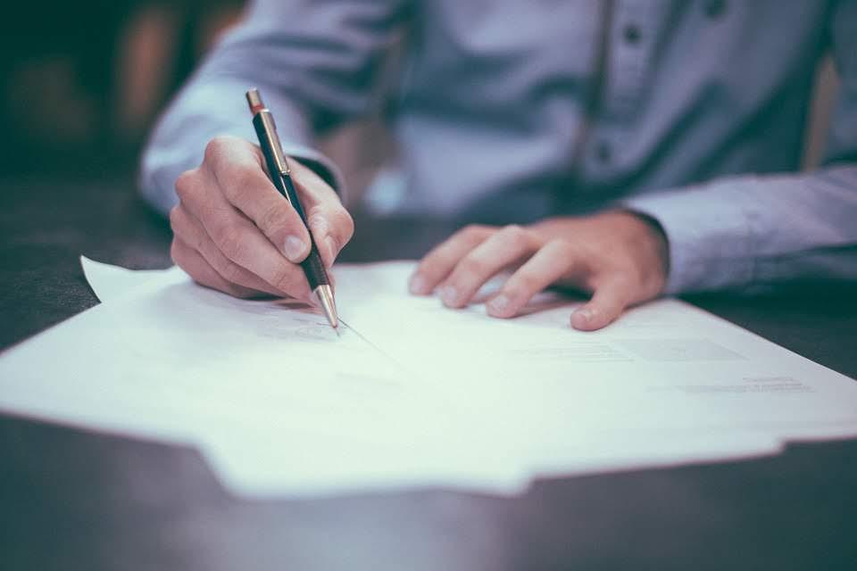 Wanneer gebruikt u best een aangetekende brief?