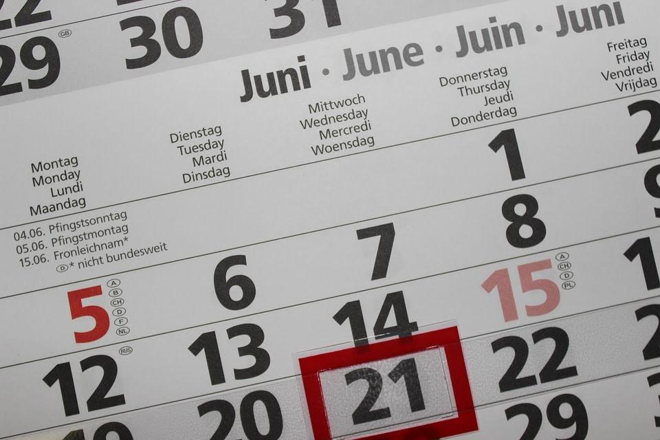 Quelle est la différence entre un mois et un mois civil ?